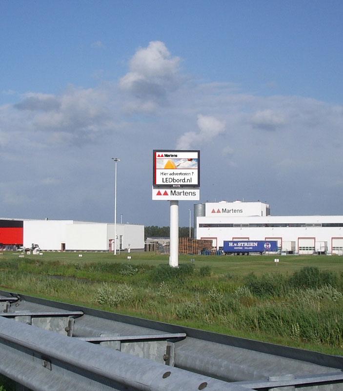 reclame-A59-snelweg-paal